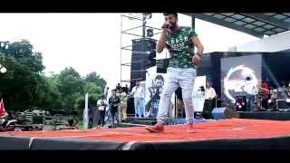 getlinkyoutube.com-Jassi Gill Live | Crossblade The Musical Tour 6 | Lovely Professional University | Speed Records