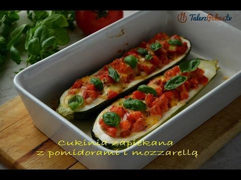 Cukinia zapiekana z pomidorami i mozzarellą