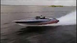 getlinkyoutube.com-Powerboat tests the Fountain 35 Lightning