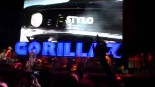 getlinkyoutube.com-Gorillaz Stylo feat. Mos Def & Bobby Womack @ Coachella 2010