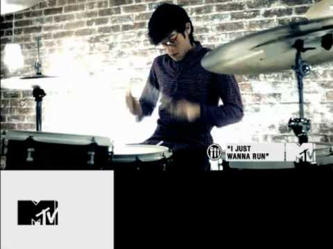 THE DOWNTOWN FICTION - MTV PUSH Artist of the Week