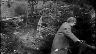 getlinkyoutube.com-Helen Keller Takes a Walk.