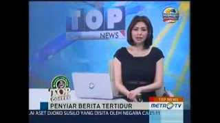 getlinkyoutube.com-Lucunya Presenter TV Tertidur Sewaktu Siaran