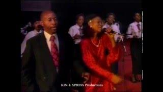 getlinkyoutube.com-YESU BIKISA NGAI   Maman KABONGO & ACLAMAC / KIN-EXPRESS Productions