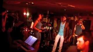 BLOQUE 53 y los trombones de Tromboranga, Tumba Puchunga en vivo en Oscasalsa 2012