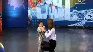 getlinkyoutube.com-Brisejb Dura Eshte vetem 4 vjec dhe di te gjitha kryeqytetet e planetit 'ALBANIANS GOT TALENT'