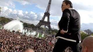getlinkyoutube.com-PSY GANGNAM STYLE Paris live flashmob at Trocadero with Cauet (NRJ) 파리 강남스타일 5.11.2012