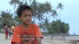 getlinkyoutube.com-Little Treasures of Lombok | Film tentang anak jalanan