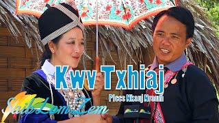 getlinkyoutube.com-Kwv Txhiaj Plees Nkauj Nraum. 11/18/2015