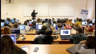 '20. Akademik Bilişim Konferansı' 2. gününde tüm hızıyla devam ediyor