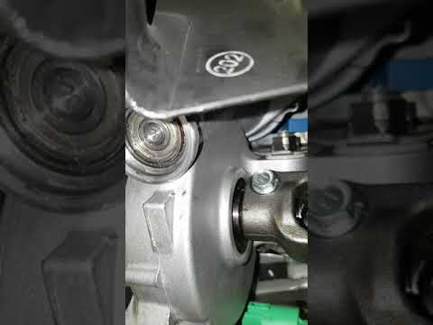 Toyota Avensis T27 причины стука ЭУР Авенсис