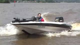 getlinkyoutube.com-Bass Boat Crash