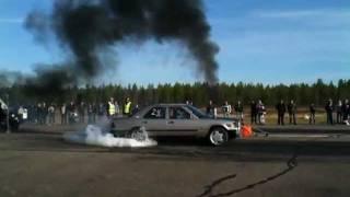 getlinkyoutube.com-Mercedes diesel burnout