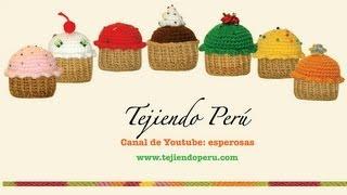getlinkyoutube.com-Cupcakes o pastelitos tejidos en crochet (amigurumi)