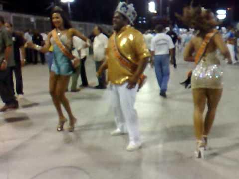 Rei, rainha e princesas do carnaval do Rio