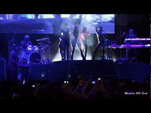 Nicole Scherzinger - Buttons - Twin Towers @Live 2012 1080p HD