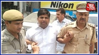 getlinkyoutube.com-AAP MLA Dinesh Mohaniya Arrested In The Middle Of Press Conference