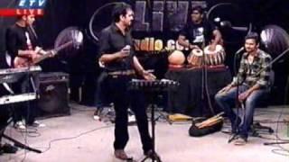 getlinkyoutube.com-Modhu Khoi Khoi Bish Khawaila Shandipan
