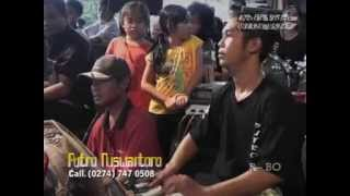 getlinkyoutube.com-Jathilan Dangdut Putro Nuswantoro Babak 4 Traditional Javanisme Art Dance