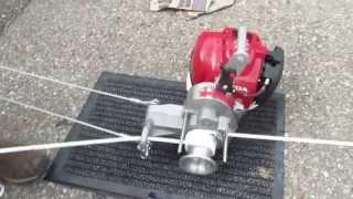 getlinkyoutube.com-Rope Winch mit Honda Motor Zugkraft bis 1000 kg .