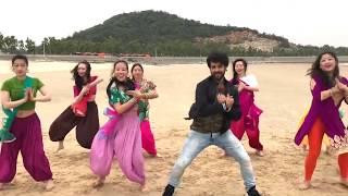Chitiyan Kalaiyan Flash mob in China width=