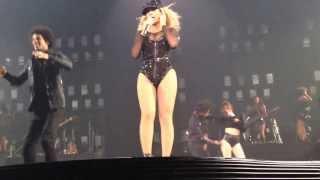 Beyoncé - Get Me Bodied (LIVE) - Melbourne, Australia Oct 26 2013