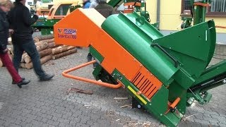 getlinkyoutube.com-Posch Smart Cut 700 automatische Brennholzsäge mit Förderband, automatic firewood saw with conveyor