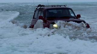 getlinkyoutube.com-iceland 4x4 video in deep water