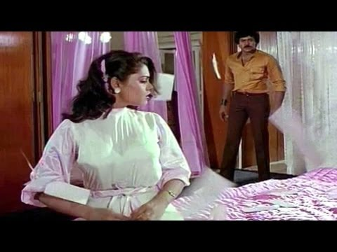 Silk smitha stabbed with a knife..pre climax Donga