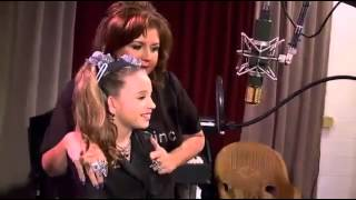 getlinkyoutube.com-Mackenzie Ziegler sing song