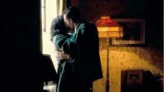 getlinkyoutube.com-The Deep Blue Sea//Tom Hiddleston & Rachel Weisz Window Scene (spanish sub)