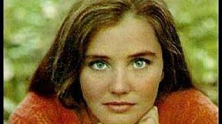 getlinkyoutube.com-Фильм о любви «Приезжая» (1977)
