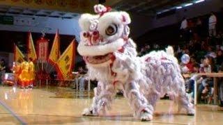 getlinkyoutube.com-Freestyle Lion Dancing - 2003 (Rare Video)