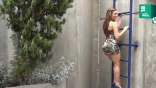 getlinkyoutube.com-Lucecita: Colocha se 'desnuda' en entrevista para Aja