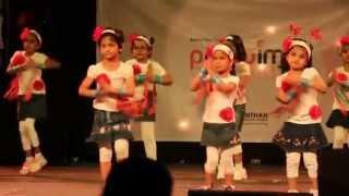getlinkyoutube.com-Waka Waka Dance - Sr. KG A - Manthan Annual Day - 9-March-2013