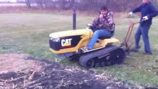 getlinkyoutube.com-Mini Cat Challenger Motor Info