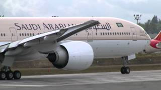 getlinkyoutube.com-Saudi Arabian Airlines 777 Takeoff