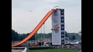 Long Jump Record Whit a Car