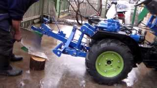 getlinkyoutube.com-Минитрактор 4х4 - гидравлика, плуг.