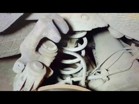 Замена задних тормозных колодок Рено Гранд Сценик 3