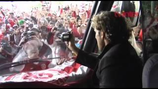 getlinkyoutube.com-Câmera exclusiva da chegada de Diego Forlán a Porto Alegre