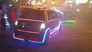 getlinkyoutube.com-Light Car Glow In The Dark - Very Nice 2C