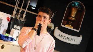 getlinkyoutube.com-AUGURI ANTONY ♥ | VlogMas #8