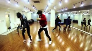 getlinkyoutube.com-SHINee Magic Dance to Unravel (Tokyo Ghoul) Part 2