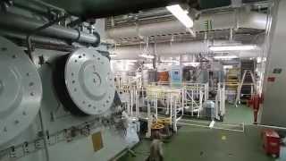 getlinkyoutube.com-Container ship engine room