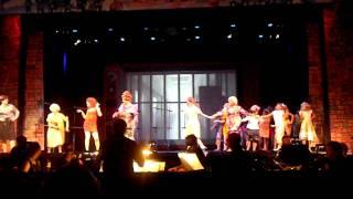 getlinkyoutube.com-Big Dollhouse - Hairspray Plays in the Park
