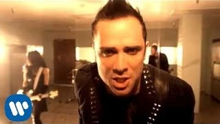 getlinkyoutube.com-Skillet - Monster (Official Video)