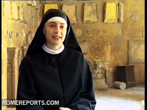 Interview with nun who wrote meditations for Way of the Cross with the Pope
