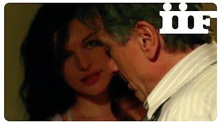 STONE | Incontro hot Jovovich - De Niro | CLIP ITA