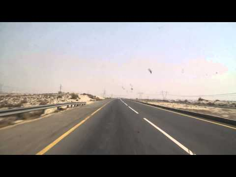 Roads and trafic from Dara Ghazi Khan to Multan Road way towards Lahore 17 Feb 2014 Pakistan